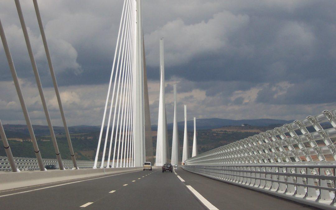 Defensa a deudores de créditos puentes